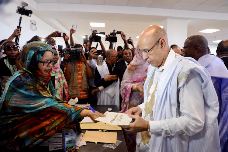 Candidate Ghazwouni casts his ballot