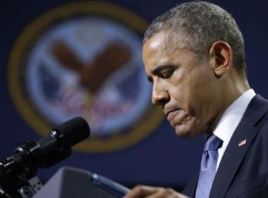 Obama announces air strikes